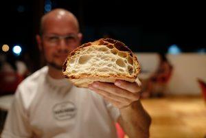 Lee más sobre el artículo El pan tovareño viajó a España